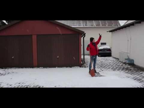 MATAS - Wintertyp Schneeschieben auf Deutsche, Russische & Türkische Art