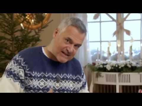 Se hur Ernst Kirchsteiger klär sin julgran - Jul med Ernst (TV4)