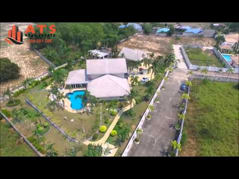 Villa for sale with 2 rai land in pattaya next to phoenix golf course
