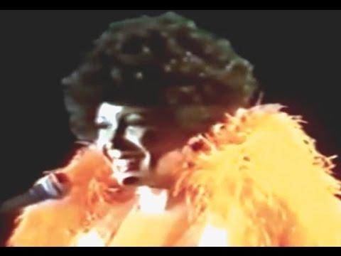 Shirley Bassey - Never Never Never (Grande Grande Grande) (1978 Live in Sydney)