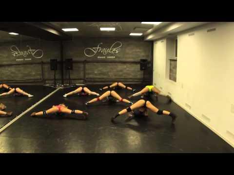 # TWERK choreo - Fraules Girl