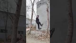Азиатский труникмен показывает чудеса. Воркаут по китайский