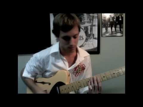 Miley Cyrus - Party In the USA Guitar Lesson - YouTube