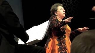 Ewa Podles sings Stride La vampa