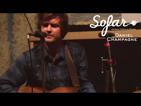 Daniel Champagne - Spoonful (Willie Dixon Cover) | Sofar Milwaukee