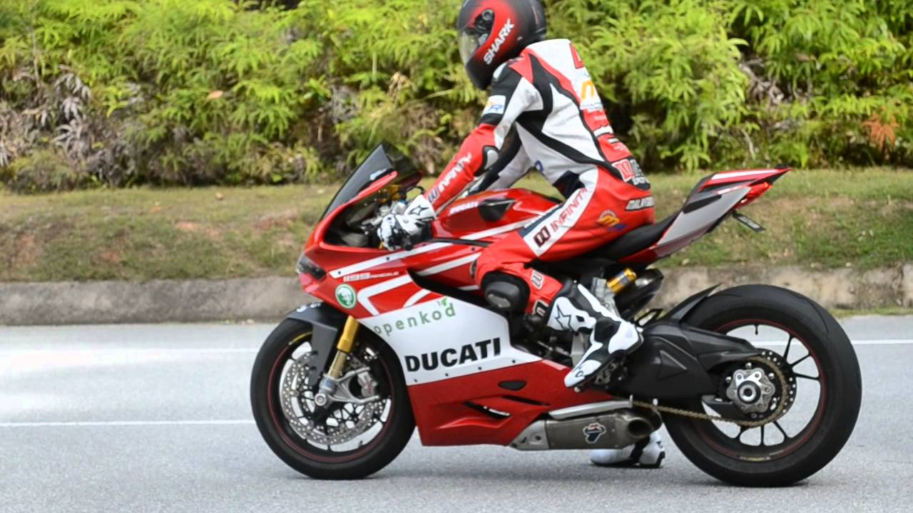 Ducati Panigale Exhaust Sound