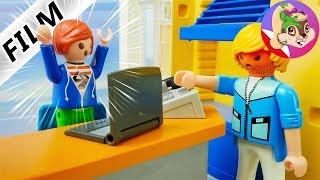 Playmobil Rodzina Wróblewskich Julian KORZYSTA NIELEGALNIE z komputera DYREKTORA SZKOŁY?!
