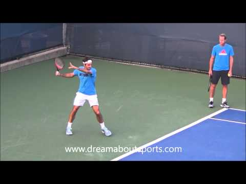 Roger Federer Forehand slow motion from practice session Cincinnati 2014
