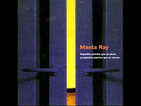 Manta ray smoke youtube for Puertas que se cierran solas