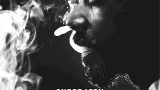 Snoop Lion - Ashtrays and Heartbreaks feat. Miley Cyrus (Reincarnated)