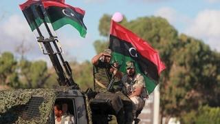 أخبار عربية - الجيش الليبي يسيطر على مطار رأس لانوف