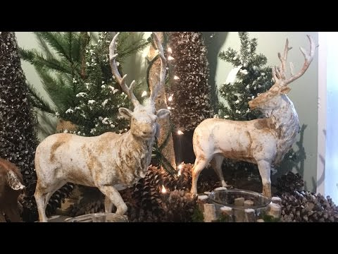 Rebecca Robeson inspired / Christmas Decor Inspiration 2018  / Reindeer and Magnolia