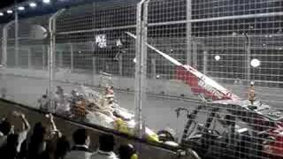 Aftermath of Nelson Piquet crashed in Singapore GP 2008
