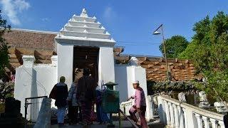 Makam Sunan Giri - Gresik