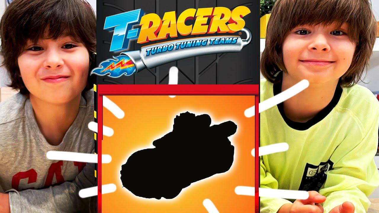 Dani y Evan encuentran el ULTRA RARO en las cajas SORPRESA de los NUEVOS T-RACERS!!
