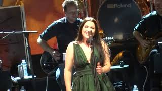 "Evanescence - ""Lost in Paradise"" (Live in Los Angeles 10-15-17)"