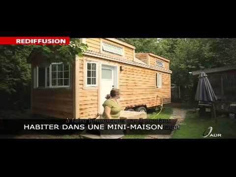 le protecteur habiter dans une mini maison youtube. Black Bedroom Furniture Sets. Home Design Ideas