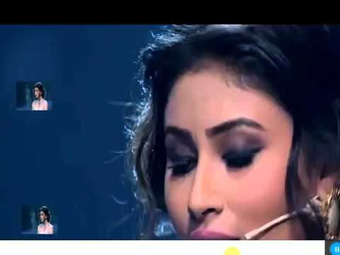 mouni roy singing teri galliyan at india's got talent season 6
