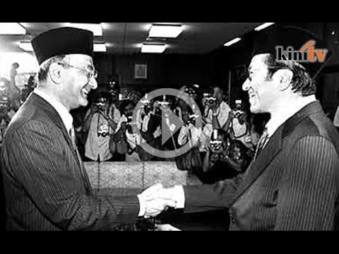 Mahathir juga pernah dikritik Hussein Onn