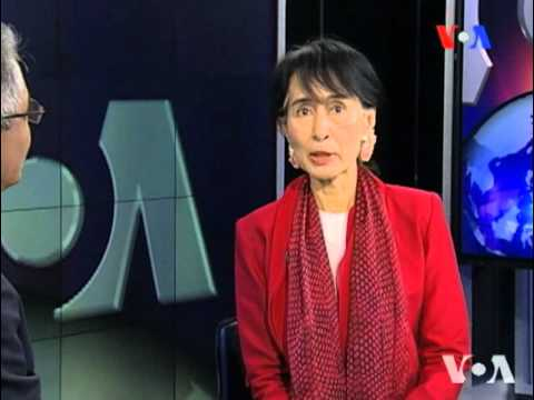 Aung San Suu Kyi Talks Burma Reforms With VOA