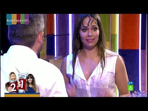 "Zapeando - Cristina Pedroche: ""Se me están mojando las peras"" thumbnail"
