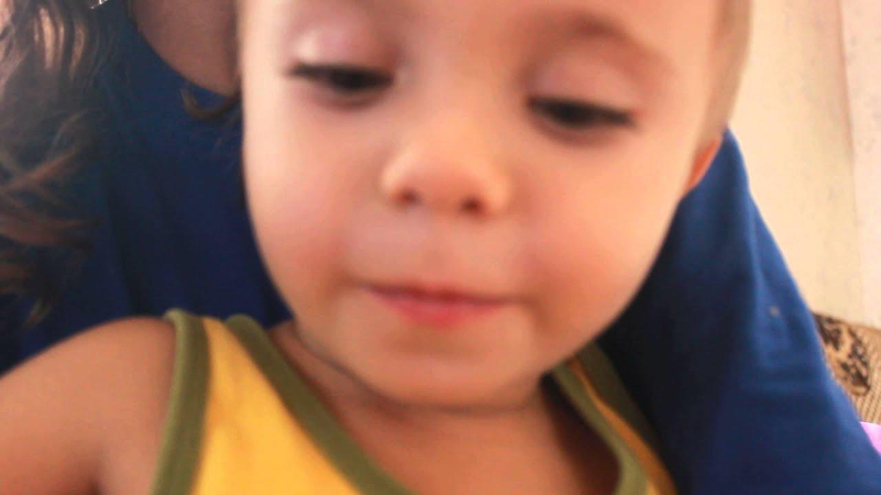 3 года ребенку, поет Nosa Nosa - YouTube