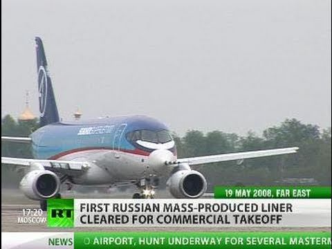 New high-tech liner Sukhoi Superjet 100 spreads wings for commercial take-off