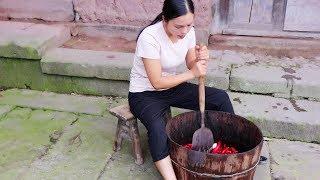 【南方小蓉】漂亮農村姑娘摘紅辣椒,古法制作剁椒豆瓣醬,這是小時候的味道!