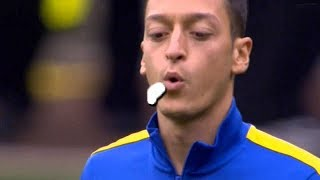 Top 10 Players Juggles Chewing Gum
