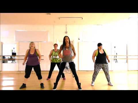 Zumba® with LO - *No Es Ilegal(Not a Crime) / Daddy Yankee*