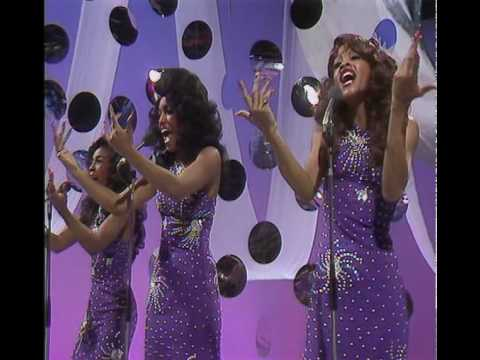 Three Degrees-The Greatest Hits Medley 1975 (les dawson show)
