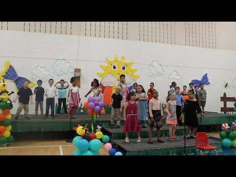 La Casa de Esperanza Charter School Spring Concert 1st Grade