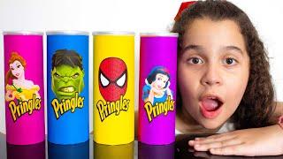 SARAH e os PINGLES MÁGICOS dos SUPER HERÓIS e PRINCESAS - Making Pringles