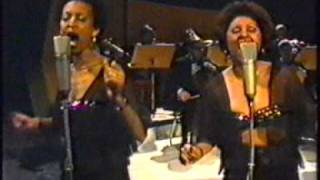 Dionne Warwick -  Love To Love You Baby (German TV) `77