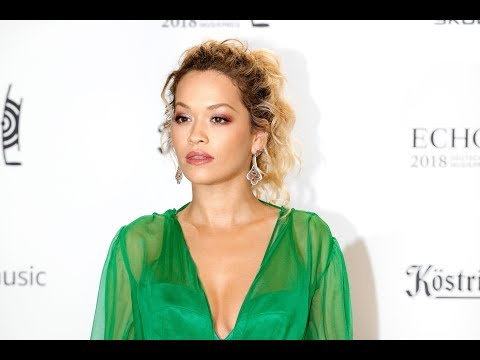 Rita Ora has had 'complications' getting designers to dress her curves - Latest News Mp3