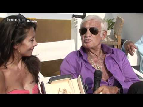 Jean-Paul Belmondo en interview sur la Croisette