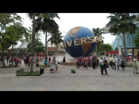 Singapore, Universal Studios Globe, hyperlapse   Sony Xperia Z5