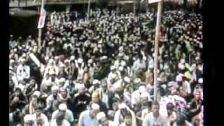 BISWA ZAKER MONJIL UROS SARIF 2012 AKHARI MUNAJAT--MP4 PART-2.mp4