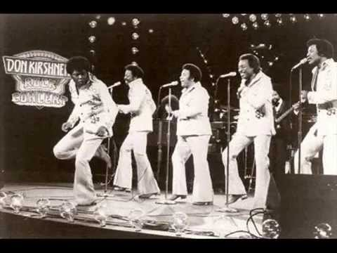 Games People Play – The Spinners 1975