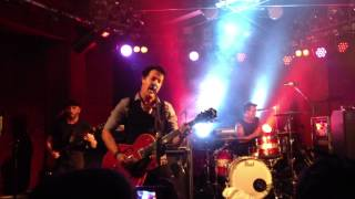The Living End - Staring At The Light (Perth Retrospective Tour) - Live Debut