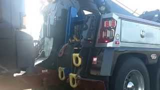 "Lindy Lott Wrecker Service Caught Towing a ""Greyhound"" Bus without Safety Chains"