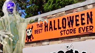 The Best Halloween Store Ever - Haunted House Displays & Walk Thru / Custom Yard Decorations