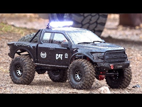 BACKYARD TRAIL TRACK - GIANT ALL BLACK FORD F150 RAPTOR : Traction Hobby 1/8 Scale | RC ADVENTURES