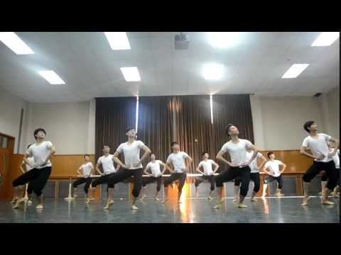 2012 Beijing Dance Academy Chinese Folk Dance Exam part 1 (Boys Dai Dance)