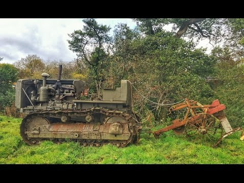 Caterpillar D8 Bulldozer Mole Ploughing & Pony Start