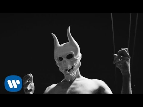Trivium - Until The World Goes Cold [OFFICIAL VIDEO]