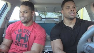 Eating Taco Bell Cheesy Potato Griller @hodgetwins
