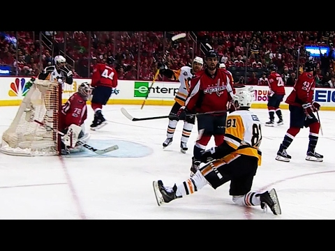 Kessel gets left all alone and beats Holtby on the power play