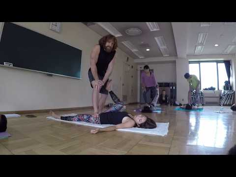 Thai Massage Basic Supine Sequence Tokyo AcroYoga Elemental Immersion