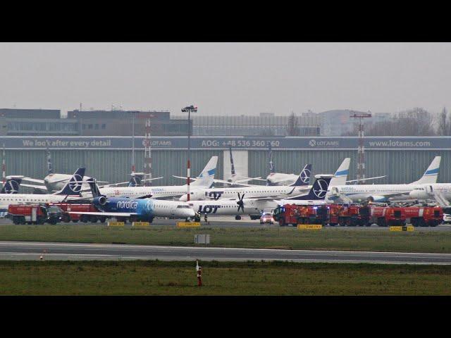 Warsaw Chopin Airport Emergency - CRJ900 Evacuates 'Smoke in Cabin'